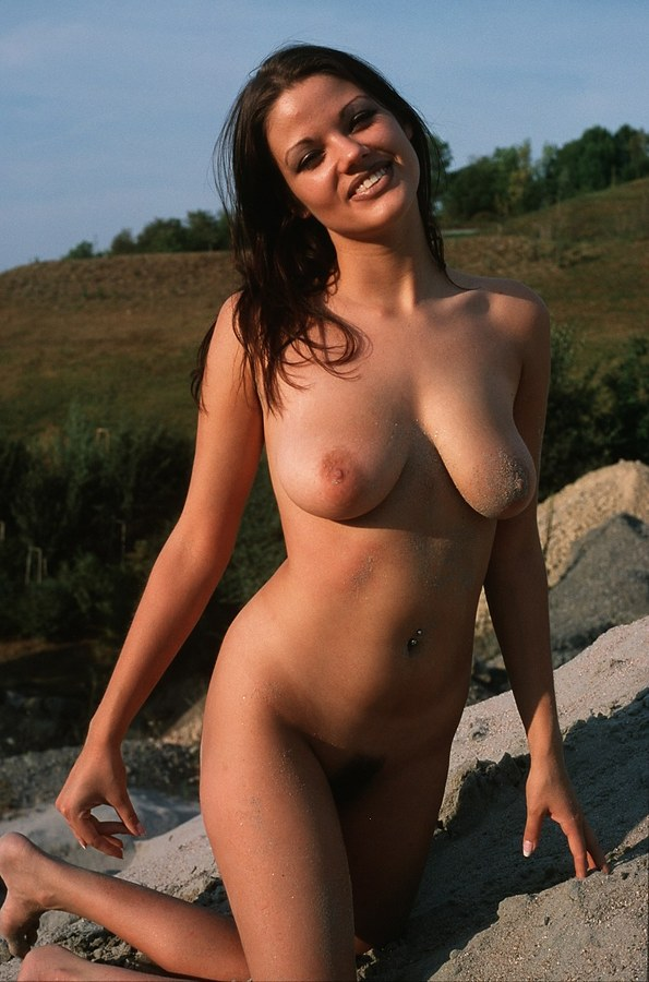 beautiful women nude mature